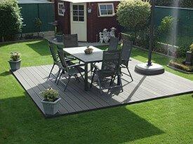 Composiet terras met tuinset