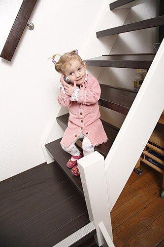 Stair Make-Over - Traprenovatie laminaat - Open trap in Wenge kleur