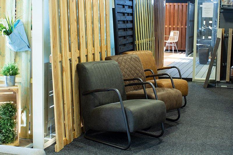 Stoere, leren fauteuils bij HomingXL in Vianen
